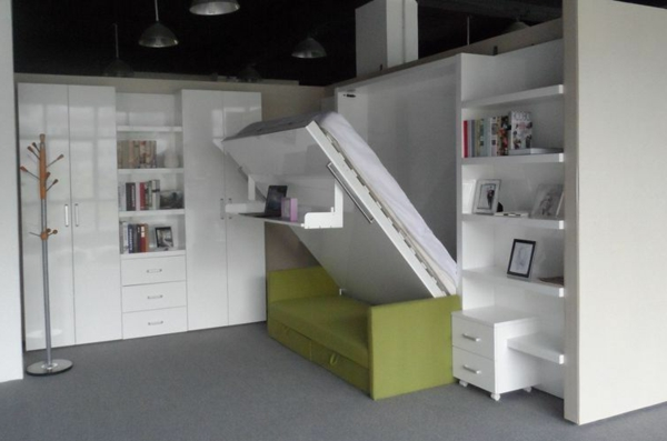 weißes-schlafzimmerset-weiß-einrichtungsideen-raumsparend-kleine-wohnungen-