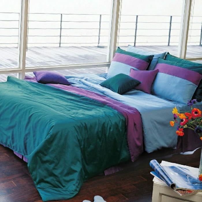 Aqua-Bettwäsche-blau-grün-lila-Frühlingsblumen-Fenster