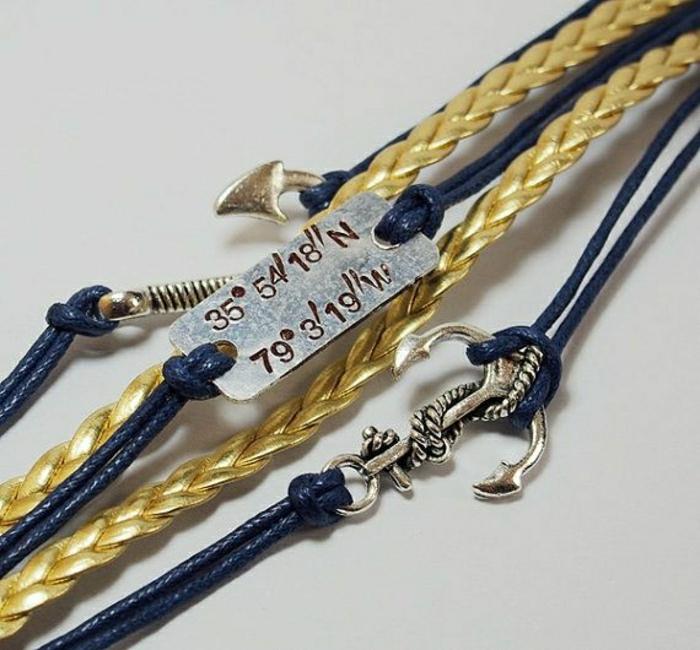 Armbänder-mit-Gravur-Koordinaten-Meeres-Symbole
