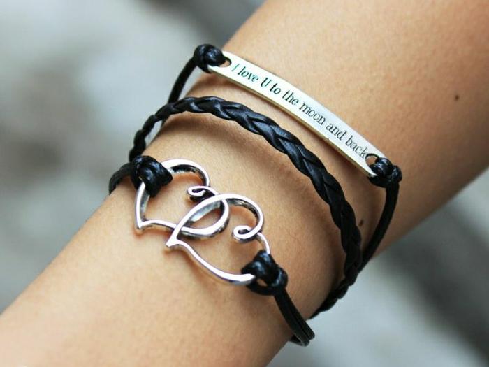 Armbänder-mit-Gravur-Liebes-Worte-Herzen