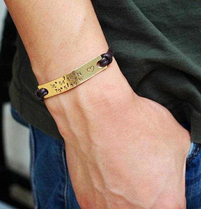 Armband-mit-Gravur-Koordinaten-für-Männer