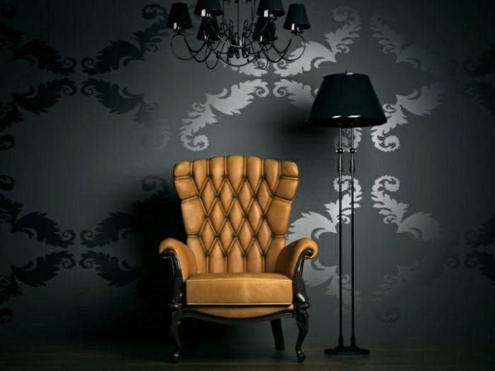 Barock-Tapete-Graphit-Farbe-Ornamente-Sessel-schwarze-Lampe-Kronleuchter