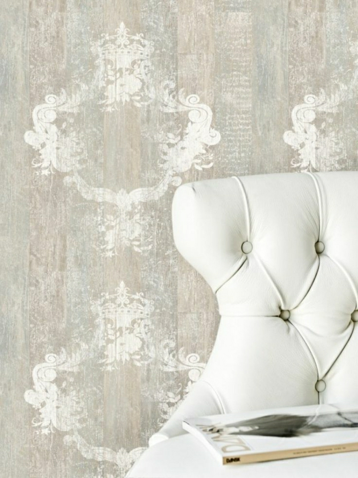 Barock-Tapete-Kalkweis-Farbe-Dekoration-Grundton-Beige
