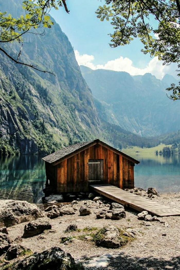 Berghütte-Holz-See-Gebirge-Isolation