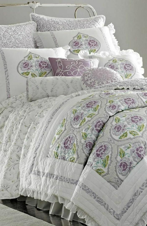 Bettwäsche-Lavendel-weiß-grün-Ornamente