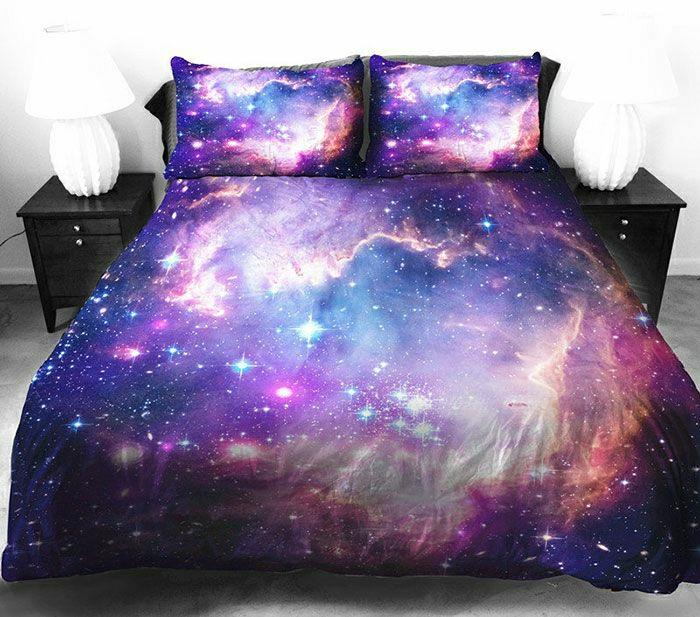 Bettwäsche-kosmische-Motive-3D-lila-blau-rosa-blau