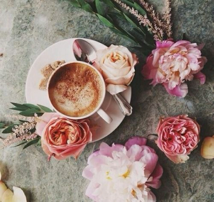 Cappuccino-Rosen-Dekoratino-romantisch