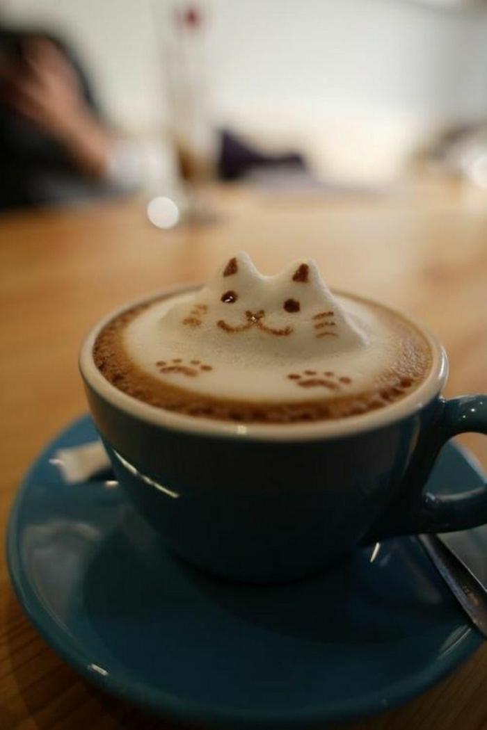 Cappuccino-Tasse-Art-Katze