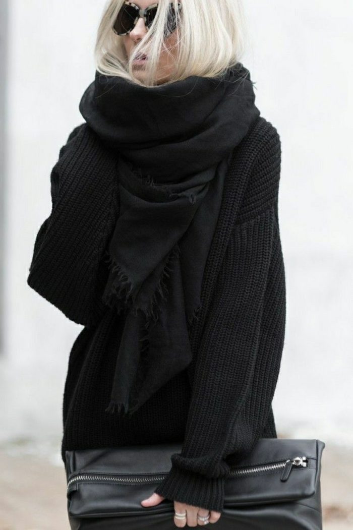 Clutch-Pullover-Schal-schwarz