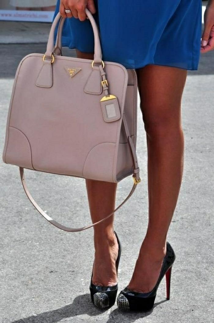 Designer-Prada-Taschen-Pastellfarben