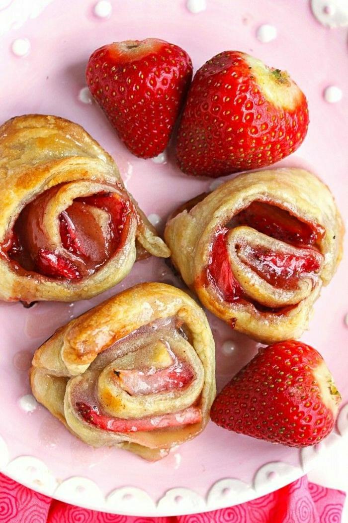 Frühstück-Erdbeeren-Rollen-gesund