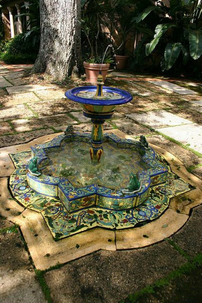 Garten-Hof-Talavera-Wasserbrunnen