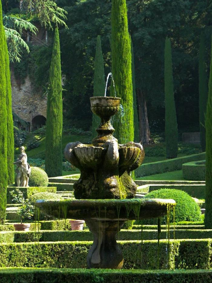Giardini-Giusti-Verona-Italien-Wasserbrunnen