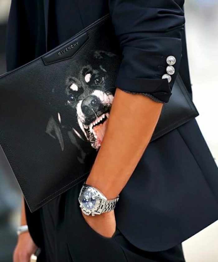 Givenchy-Clutch-schwarz-Hund-Dekoration