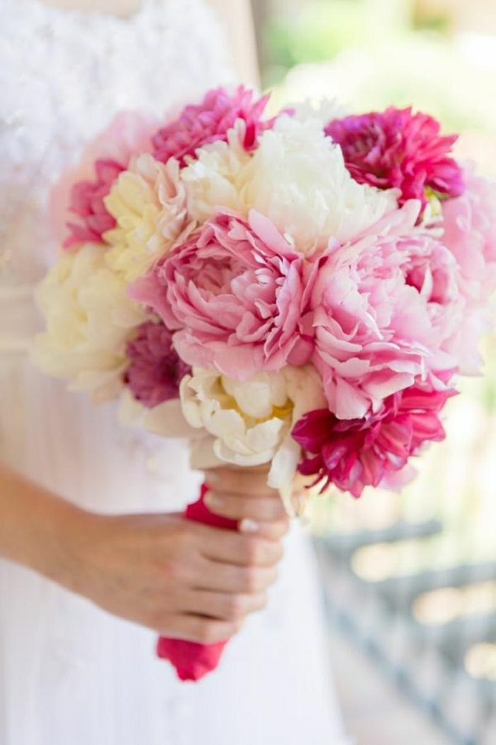 Hochzeit-Strauß-weiß-rosa