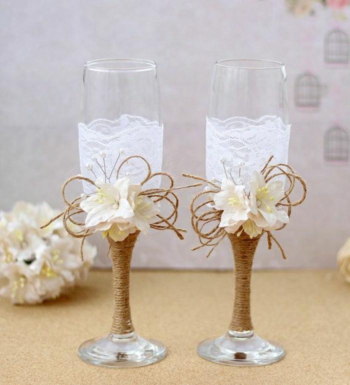 Hochzeitsgläser-Champagner-Schnur-Spitze-Blumen-Dekoration