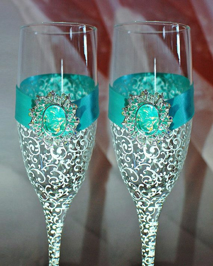 Hochzeitsgläser-türkis-Bland-Ornamente