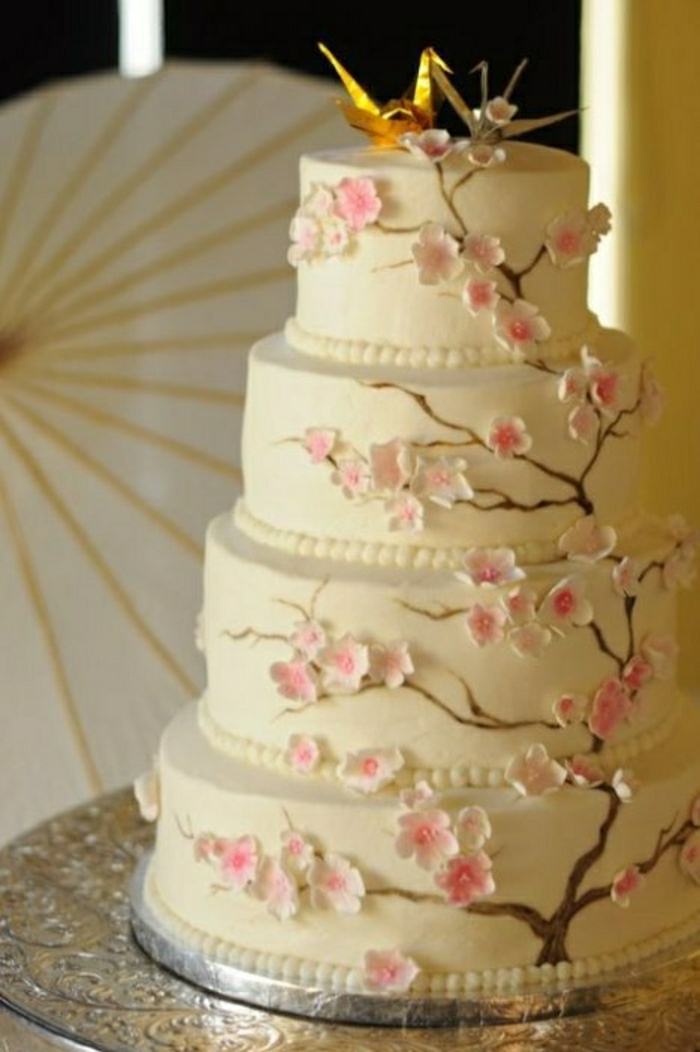 Hochzeitstorte-Kirschblüte-Origami-Kraniche-Dekoration