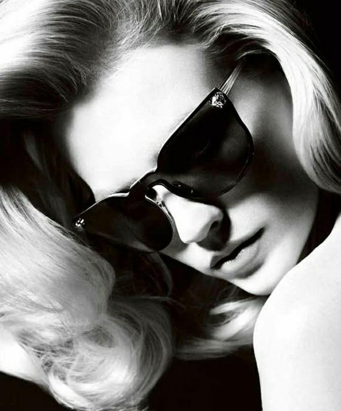 January-Jones-2012-Versace-Sonnenbrille