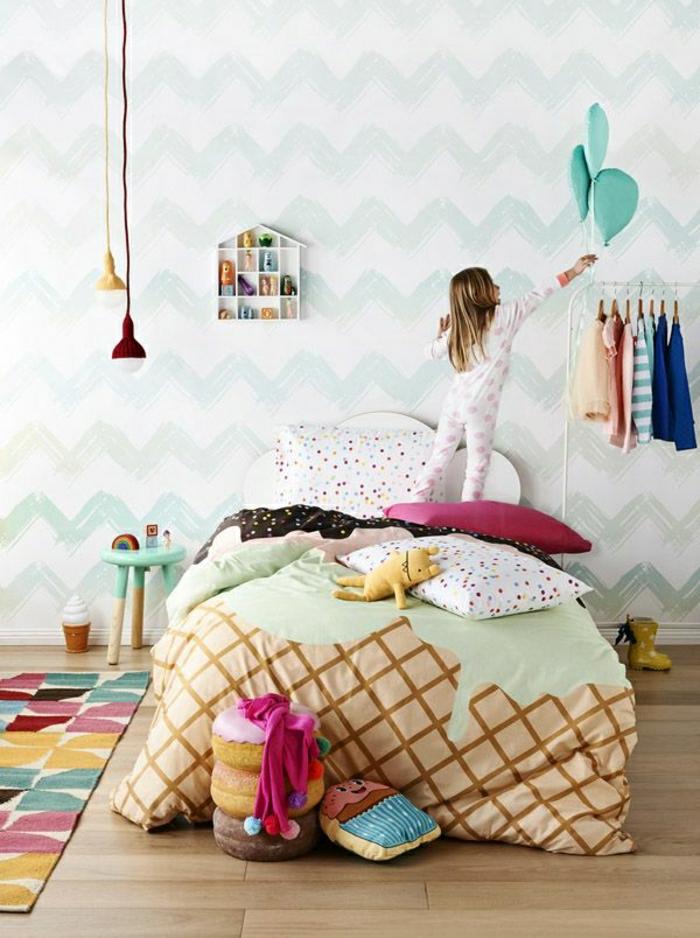 Kinderzimmer-lustiges-Design-Bettwäsche-Eis-Motive-Süßigkeiten-bunt