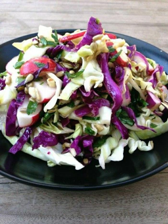 Lachanosalata-typischer-griechischer-Salat