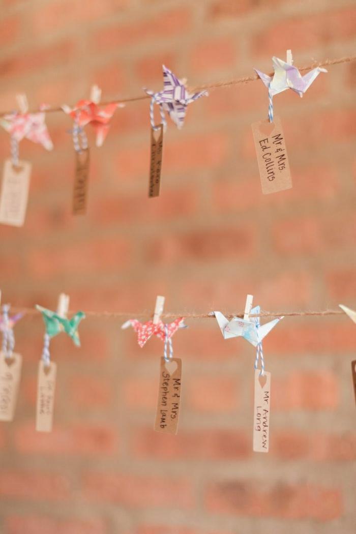 Leine-Wäscheklammer-Origami-Kraniche-Etiketten