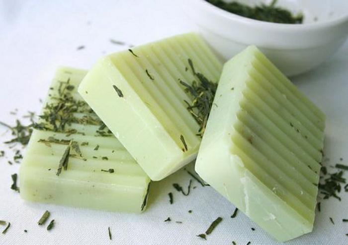 Limonengras-grüner-Tee-Haferflocken-Naturseife