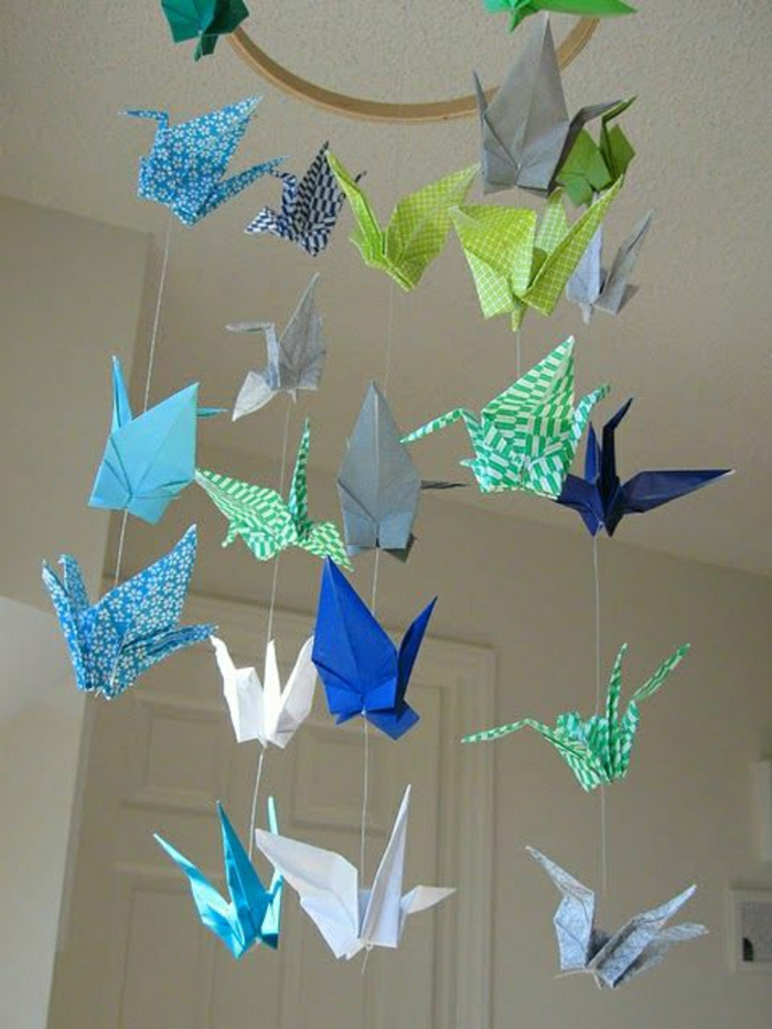 Origami-Kranich-Mobile-Kinderzimmer
