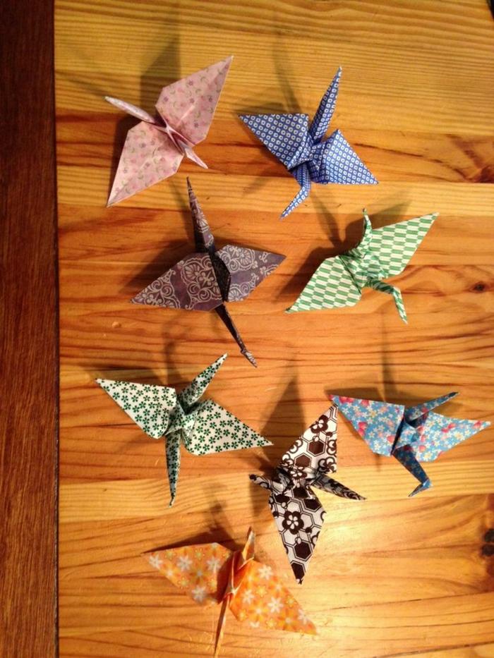 Origami-Papier-Kraniche-Wand-Deko