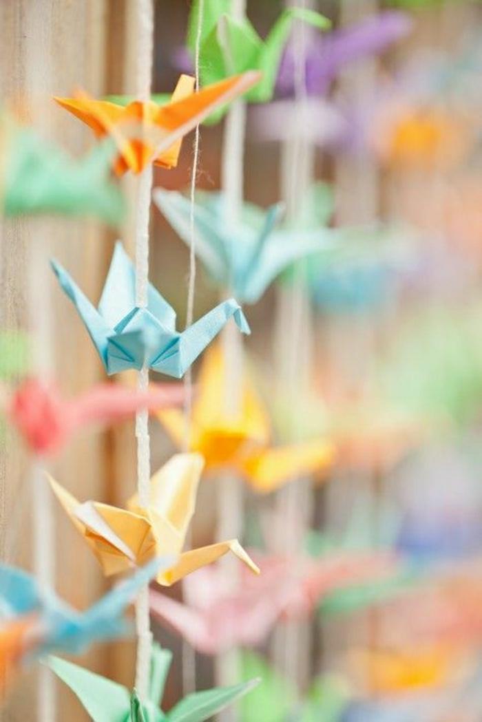 Origami-Papier-Kraniche-bunte-Girlande