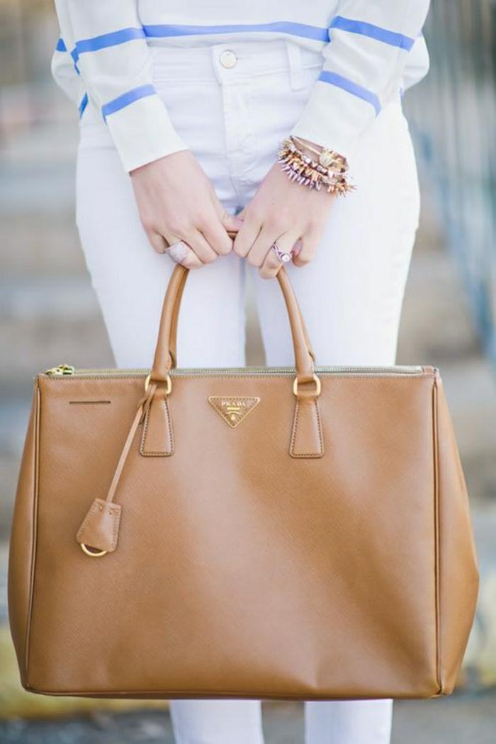 Prada-Taschen-braunes-Modell