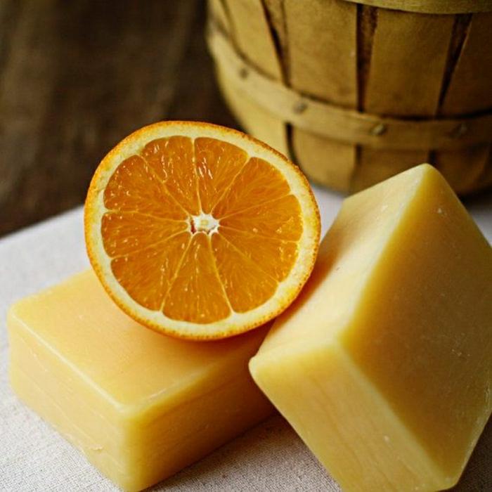 handgemachte-Seifen-Orange-Muskatnuss-natural