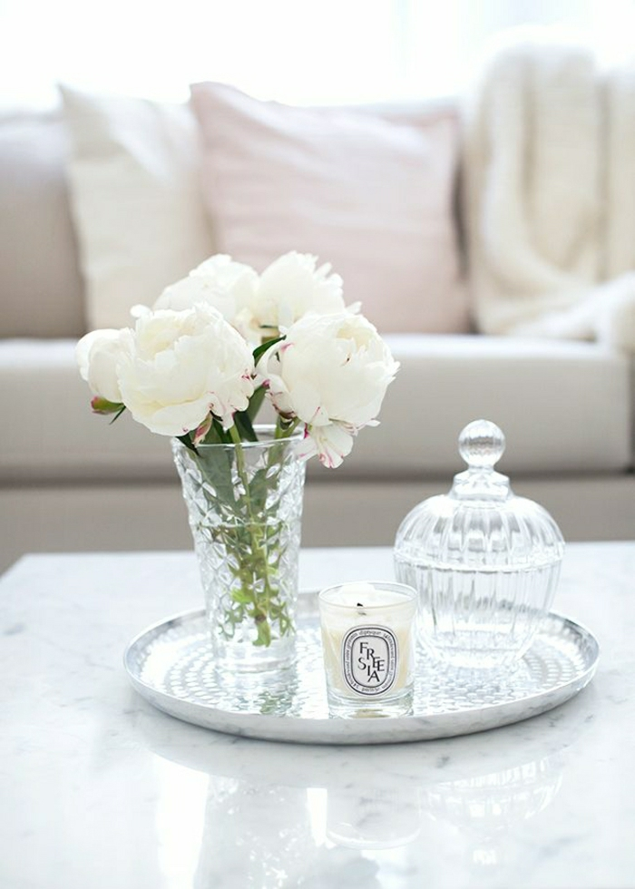 Sofa-Kissen-Pastellfarben-Blumen-weiß