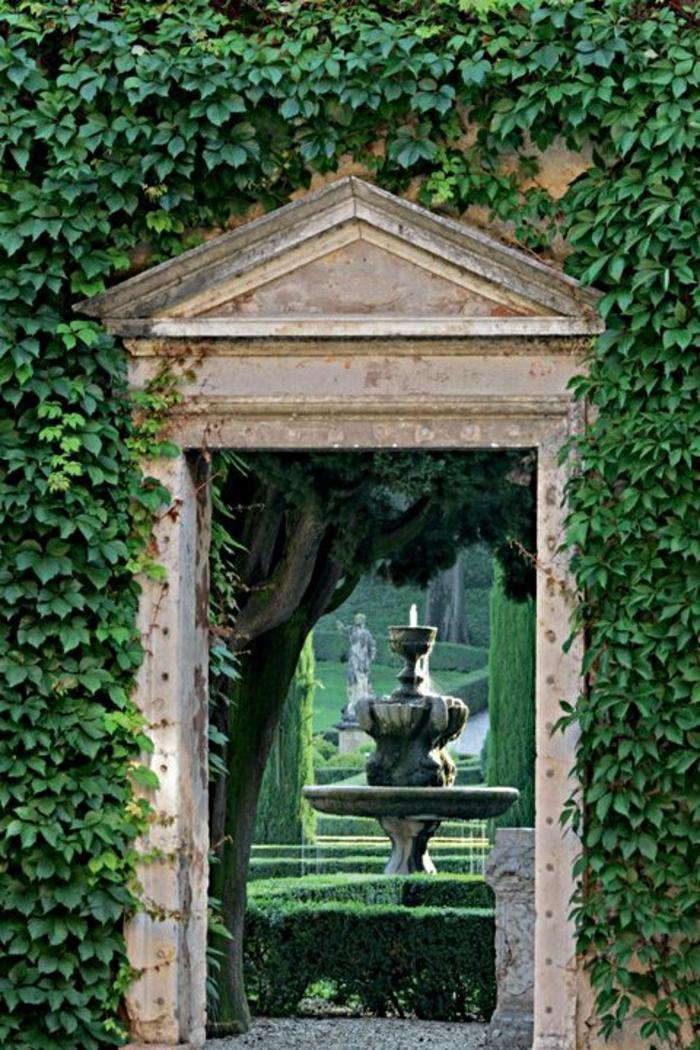 Verona-Italien-Gartenbrunnen