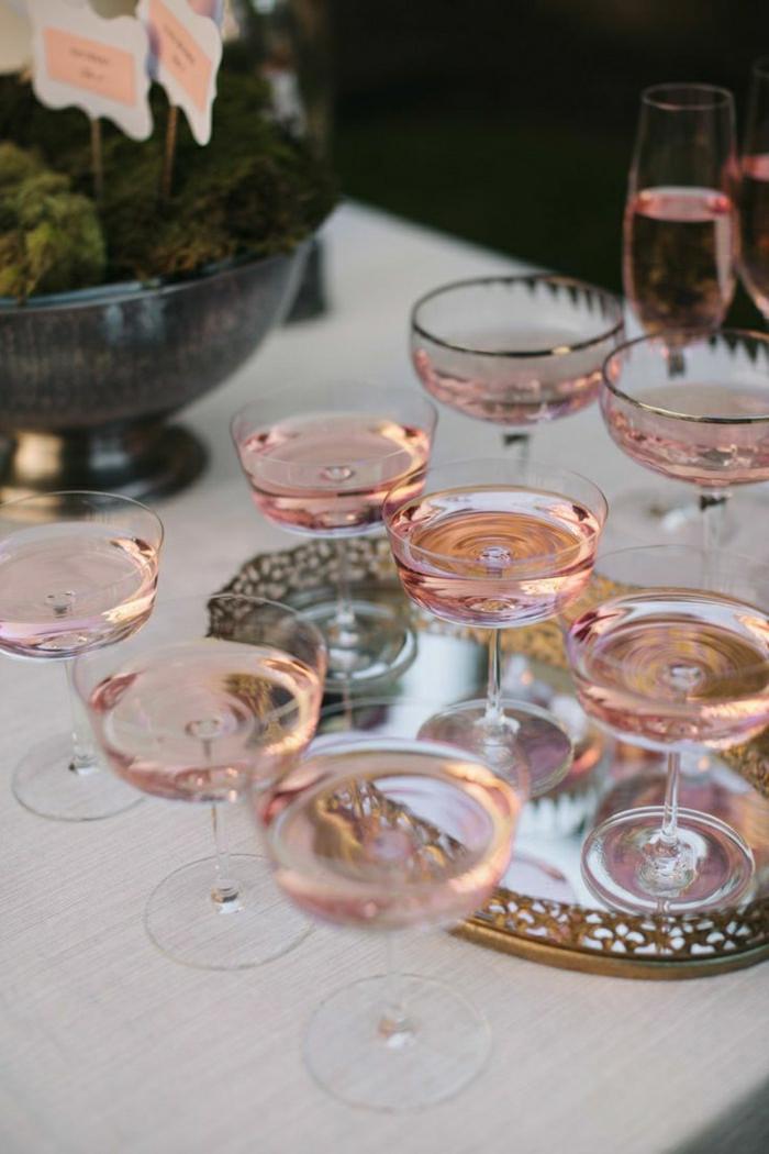 Vintage-Gläser-rosa-Champagner