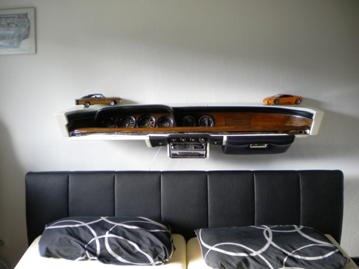 coole diy idee m bel aus autoteilen. Black Bedroom Furniture Sets. Home Design Ideas