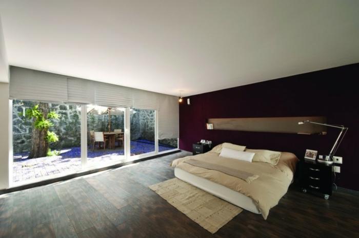 außergewöhnliche-wohnideen-super-schönes-schlafzimmer-gläserne-wände