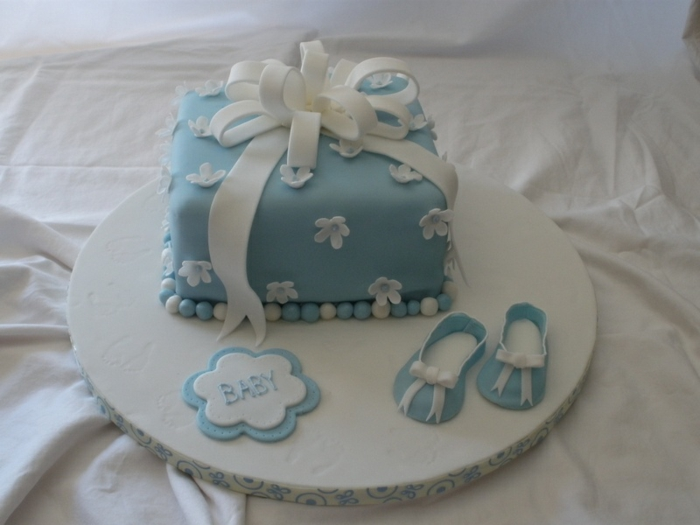 baby-torte-tolles-blaues-modell