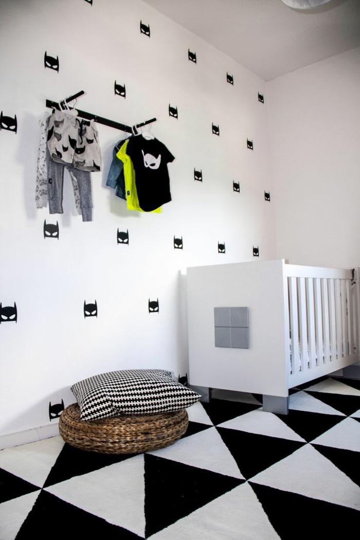 babyzimmer-design-interieur-in-weiß-und-schwarz