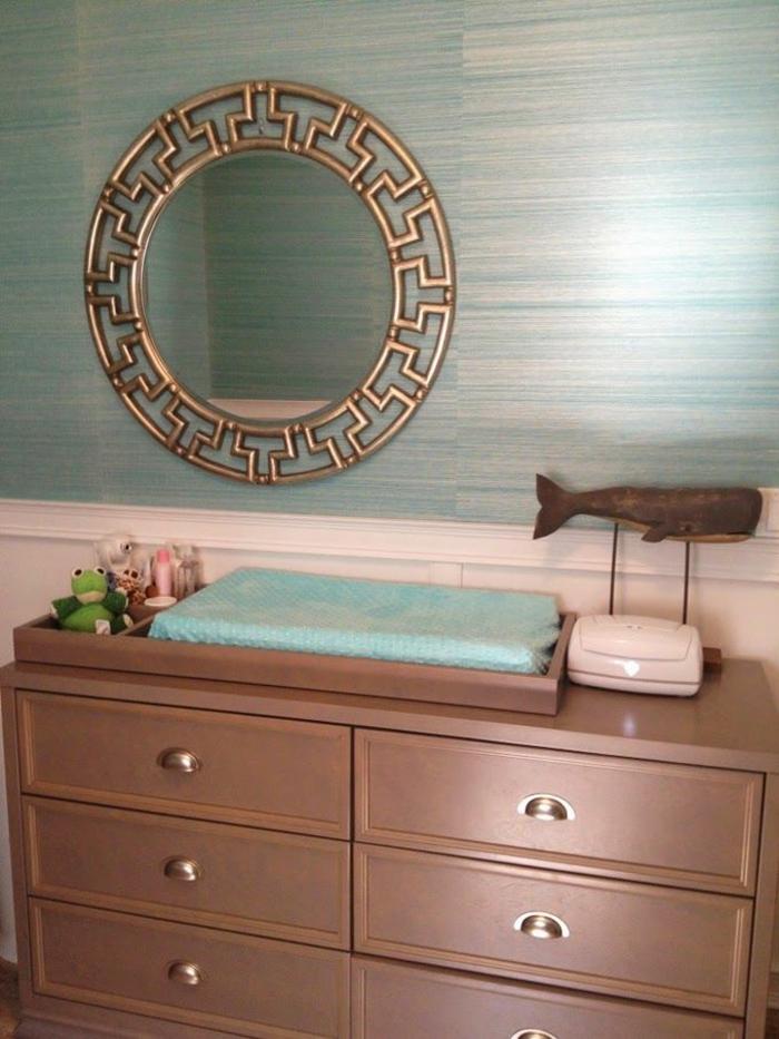 babyzimmer-design-runder-spiegel