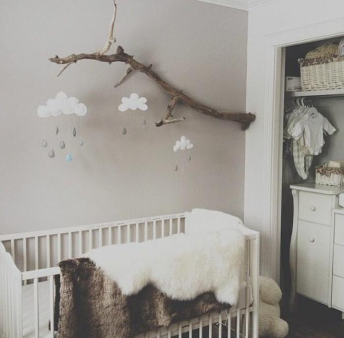 babyzimmer-design-schönes-weißes-bett-modell