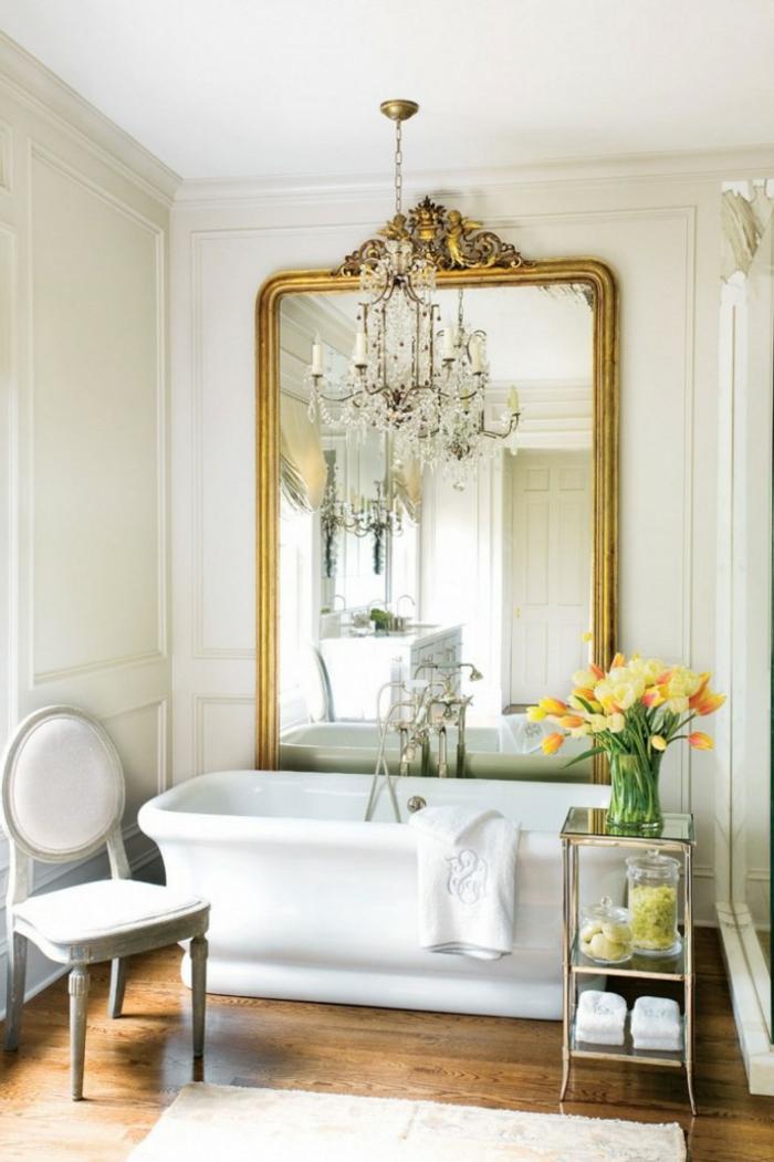 badeinrichtungen-ideen-aristokratisches-modell-vom-spiegel