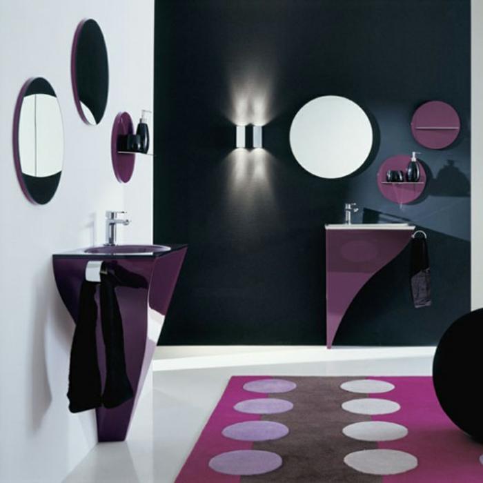 badeinrichtungen-ideen-lila-teppich