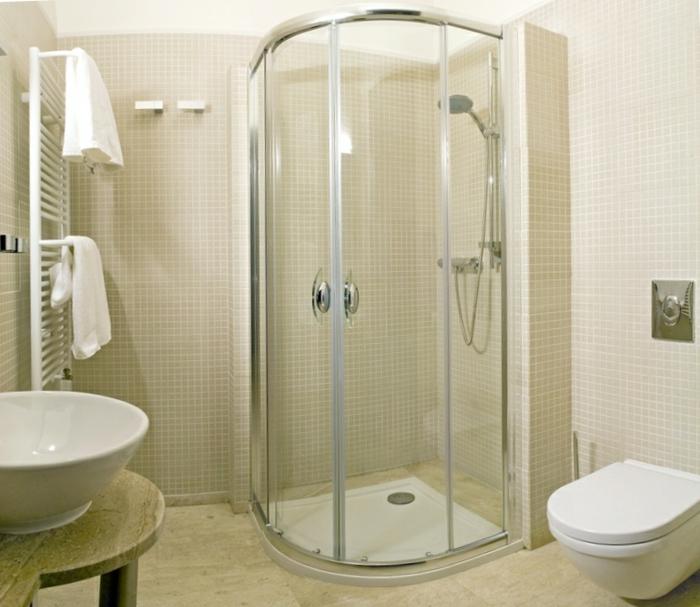 badeinrichtungen-ideen-moderne-duschkabine