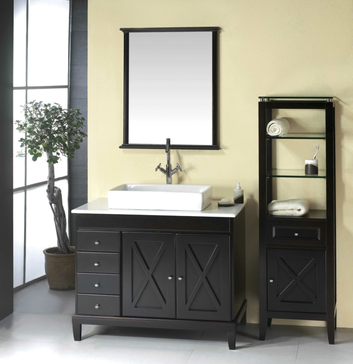 Badeinrichtungen ideen viereckiger spiegel