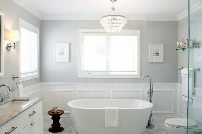 badeinrichtungen-ideen-weiße-ausstattung