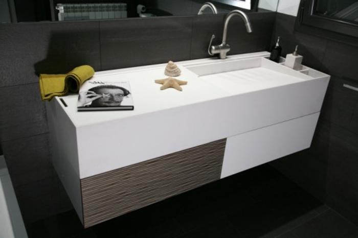 badeinrichtungen-ideen-weißes-design-von-badewanne