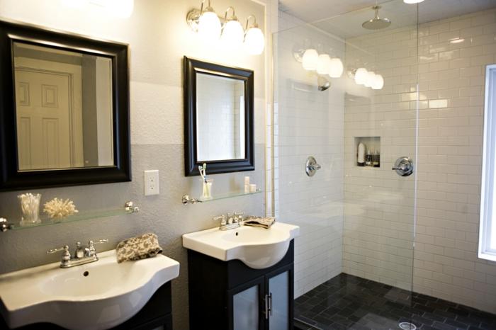 badeinrichtungen-ideen-zwei-quadratische-spiegel