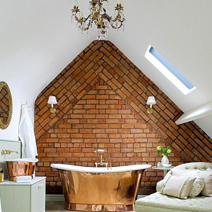 badewanne-unter- dachschräge-interessante-ziegelwand