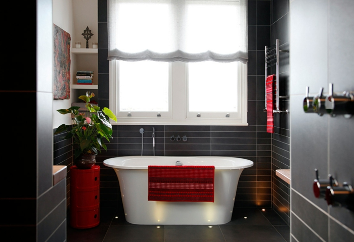 ... einrichten - kreativ gestaltetes badezimmer in schwarz weiß und rot